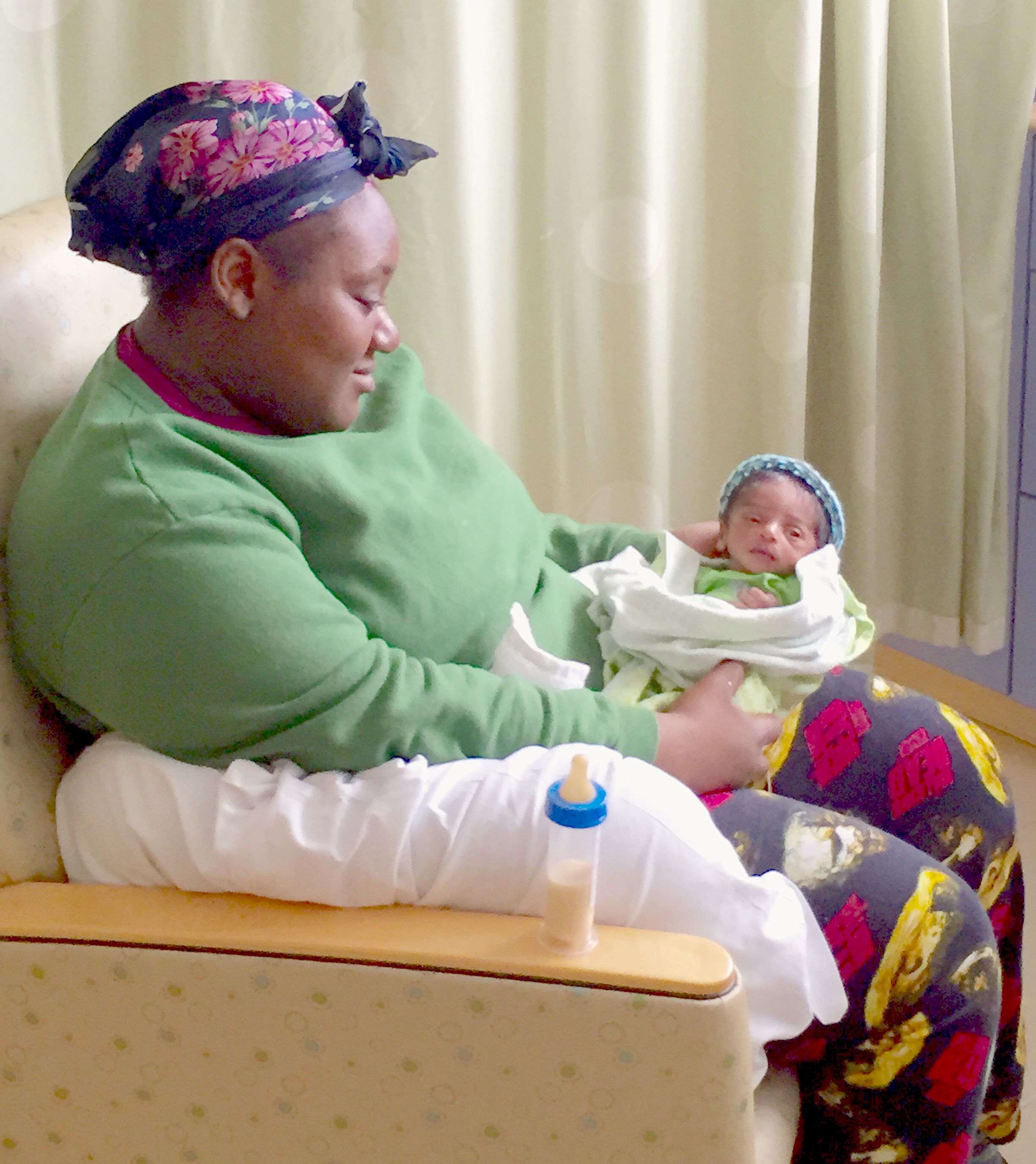 Warm Hats For Wee Heads Cigna Donates Hats For Babies Upmc Pitt